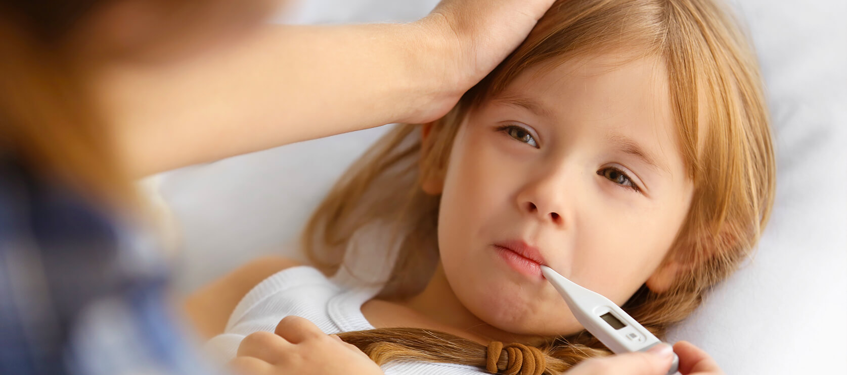 Różnica między grypą a przeziębieniem u dziecka. Jak je odróżnić?
